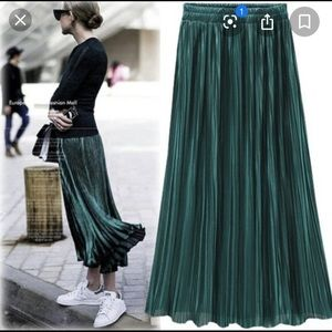 Loft Outlet Petite Dark Green Pleated Maxi Skirt M